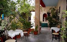 Foto Heerenhuis Aeginitiko Archontiko in Aegina ( Aegina)